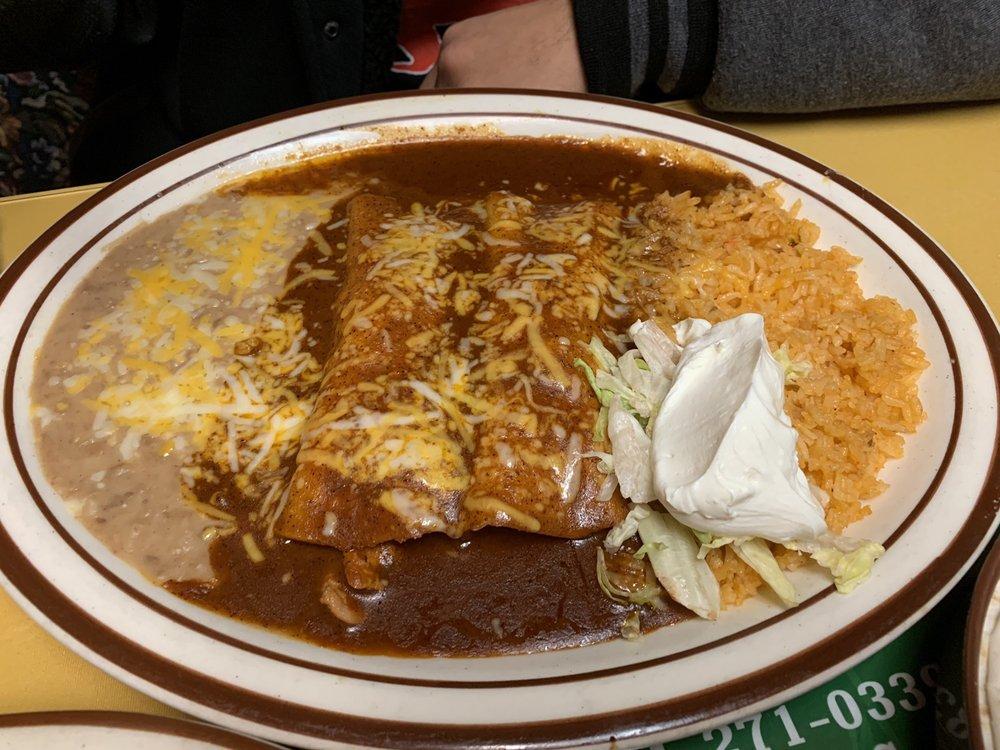 Sol De Mexico: 1790 Winchester Ave, Reedsport, OR