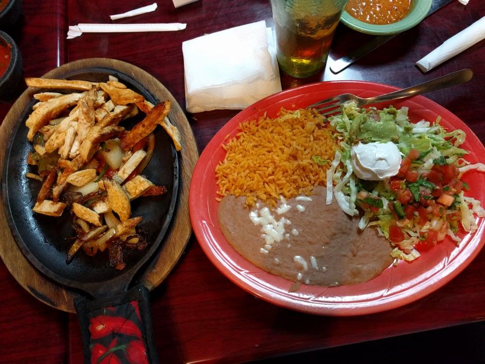 Acambaro Mexican Restaurant: 1309 S Walton Blvd, Bentonville, AR