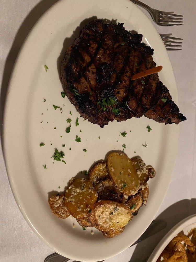 Kat's Steakhouse: 107 N Main St, Lamont, OK