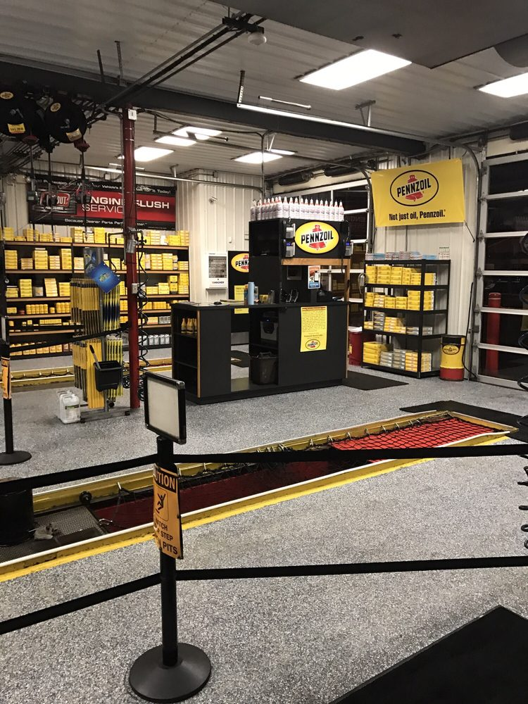 Pennzoil Tire Lube Express: 2500 E 5th Ave, McKeesport, PA