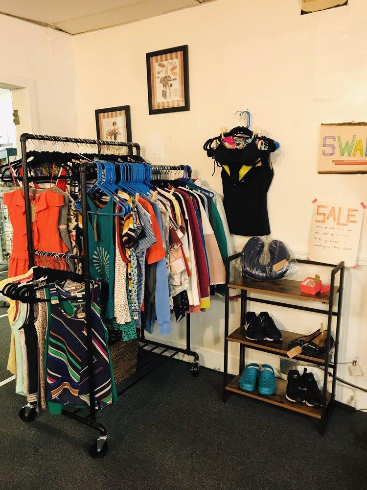 Mill Street Shops: 325 Mill St, Bristol, PA