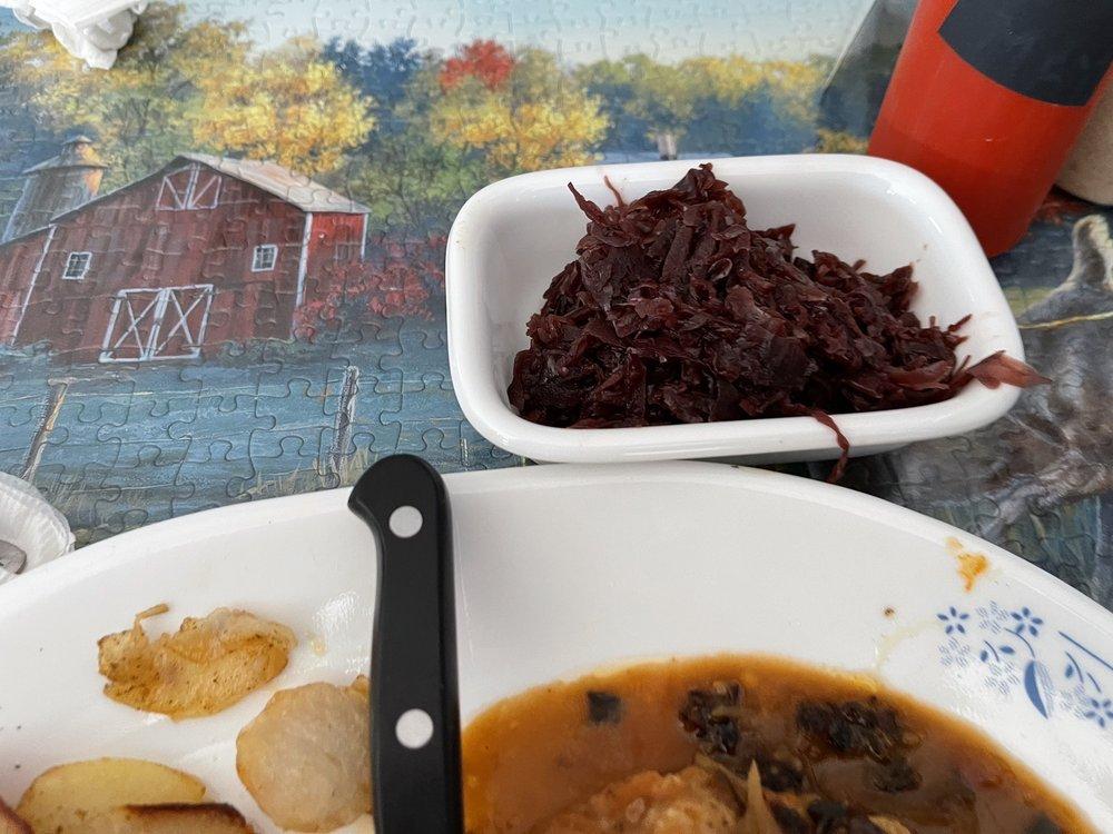 Paradise Delicatessen & Ursula's Schnitzelhaus: 311 N St, Waynesville, MO