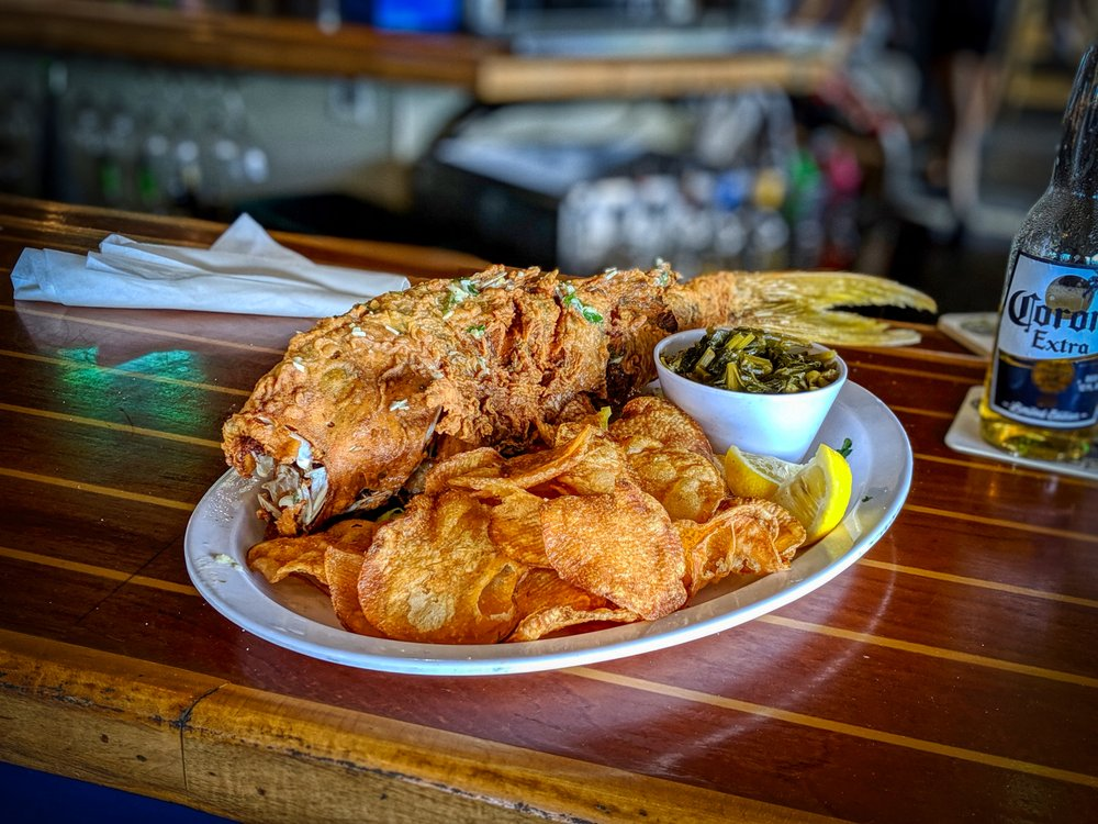 Dixie Fish Co: 714 Fishermans Wharf, Fort Myers Beach, FL