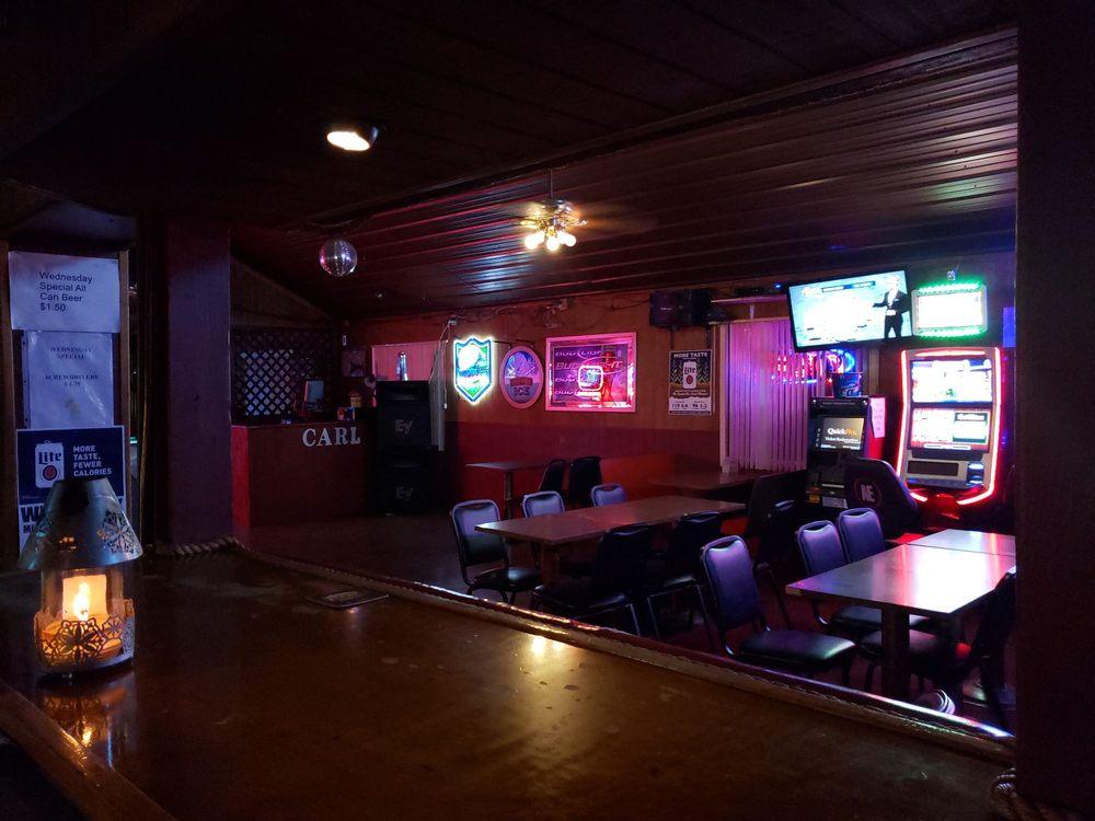 Hide Out Bar: 1420 Salem Rd, Mount Vernon, IL