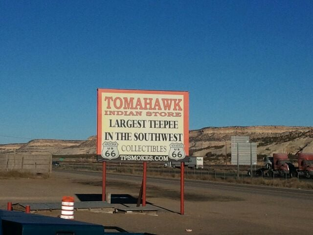 Tomahawk Indian Store: Exit 359 I40, Lupton, AZ