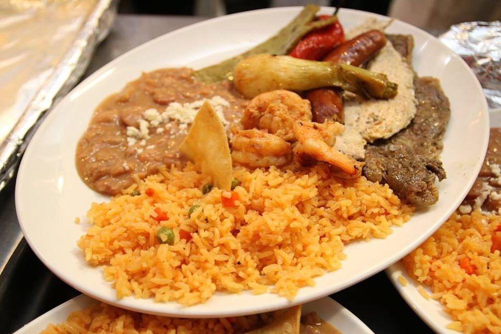Tijuana Tacos: 620 State Ave, Emmaus, PA
