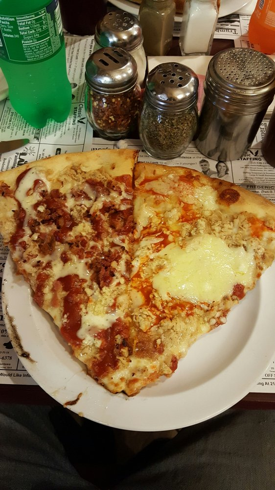 Sal's Pizza Randa Italian Restaurant: 240 S West End Blvd, Quakertown, PA