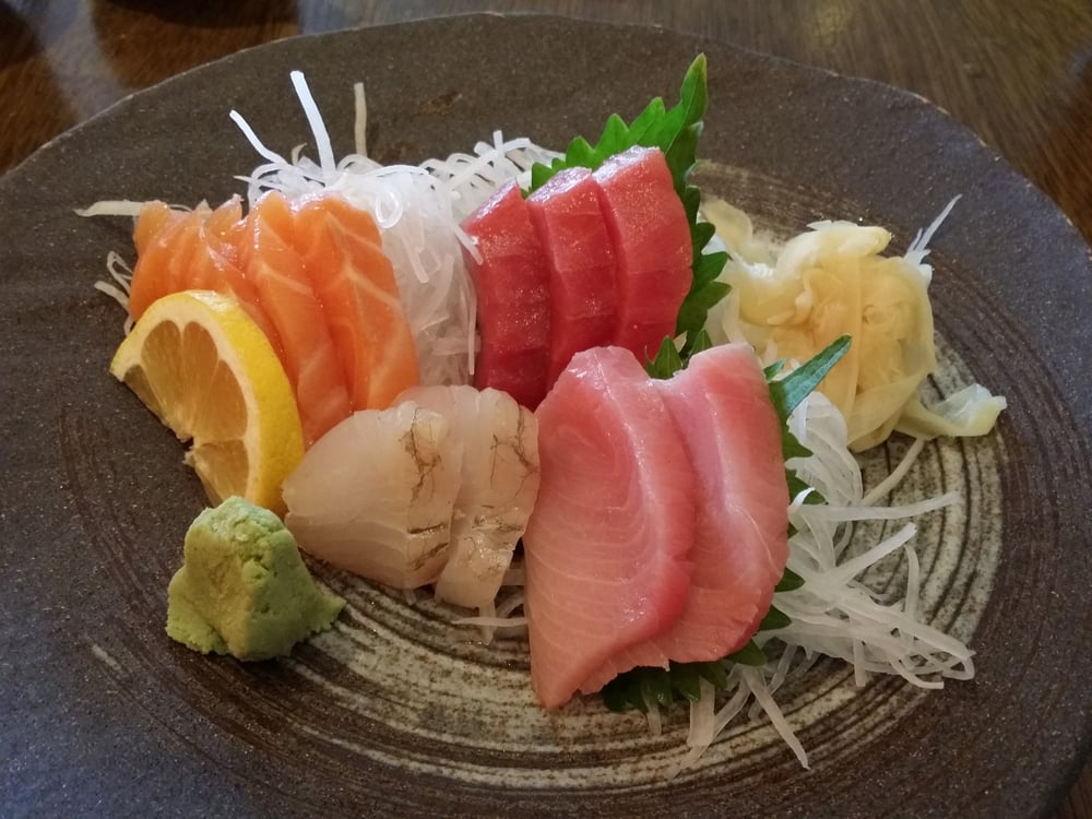 Sashimi lunch comes w miso soup yelp for Asian cuisine allendale nj