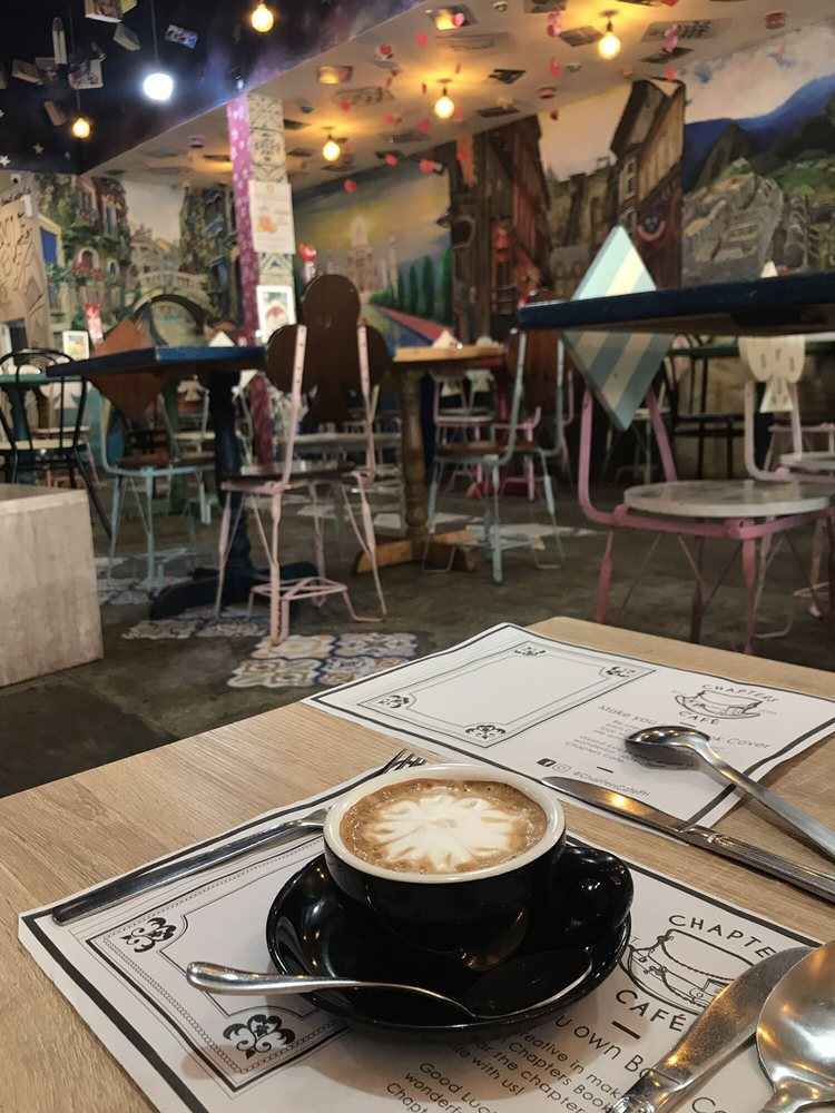Chapters Cafe DGT: Sta. Catalina Street, Dumaguete, NER