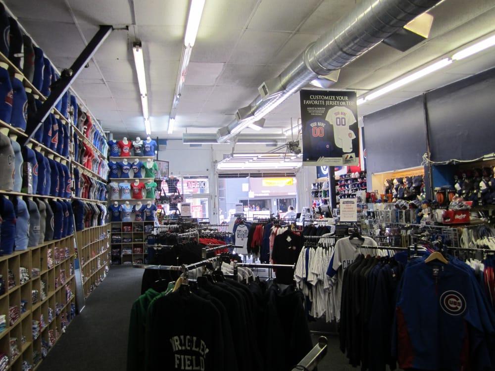 Clark Street Sports: 3465 N Clark St, Chicago, IL