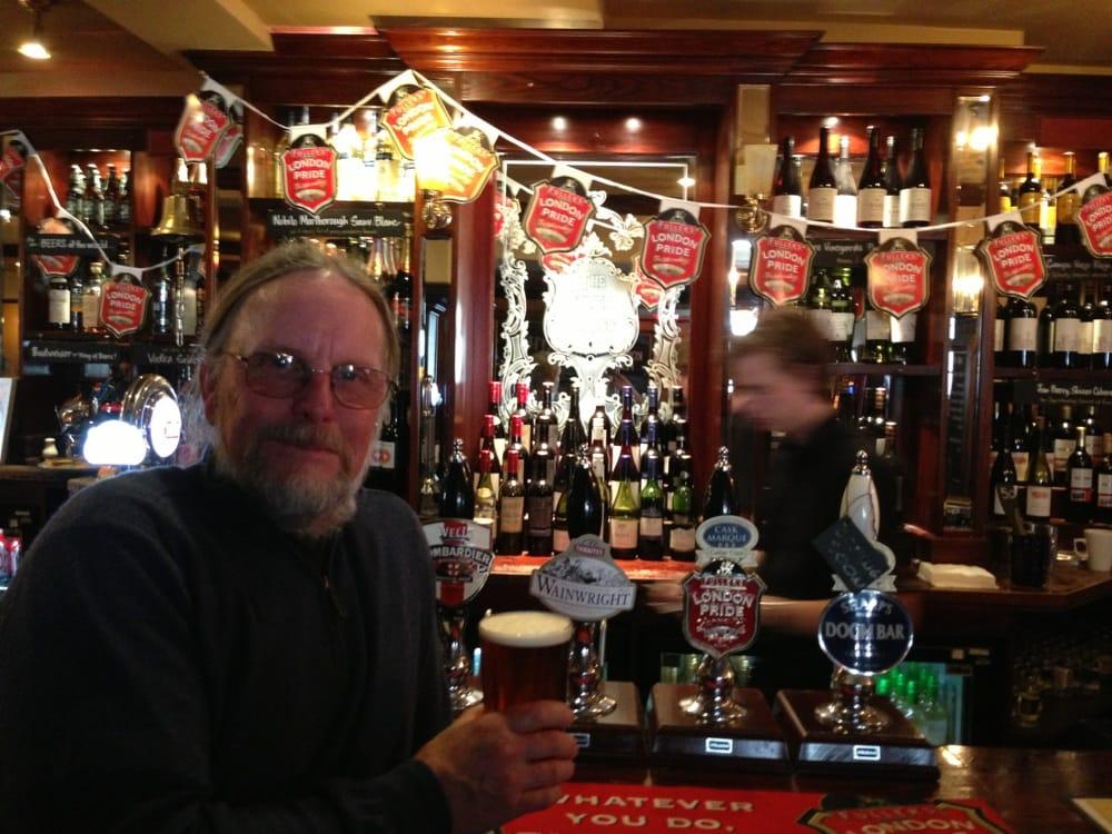 Silver cross 23 fotos y 32 rese as pubs 33 whitehall - Cyberdog london reino unido ...