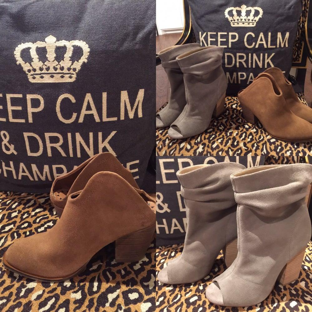 Cotton Kisses Boutique: 109A S Beaton, Corsicana, TX