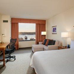 Hilton Garden Inn Portland Downtown Waterfront 74 Photos 99 Reviews Hotels 65 Commercial