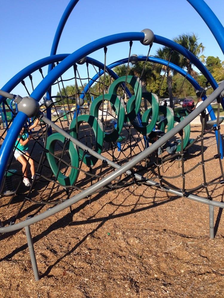The Parks of Plaquemines: 420-466 F Edward Hebert Blvd, Belle Chasse, LA