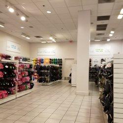 622ccfbe0136 Crocs - 27 Photos   11 Reviews - Shoe Stores - 100 Citadel Dr ...