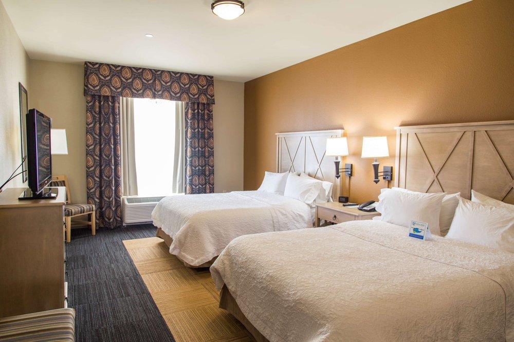 Photo of Hampton Inn & Suites Dodge City: Dodge City, KS