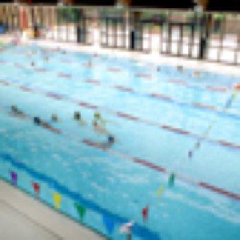 Piscine bernard lafay 10 avis piscines 79 rue de la for Piscine 17eme