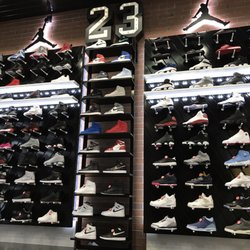 quality design 44d9d 6df3f Shoe Palace - 3251 20Th Ave, Stonestown, San Francisco, CA ...