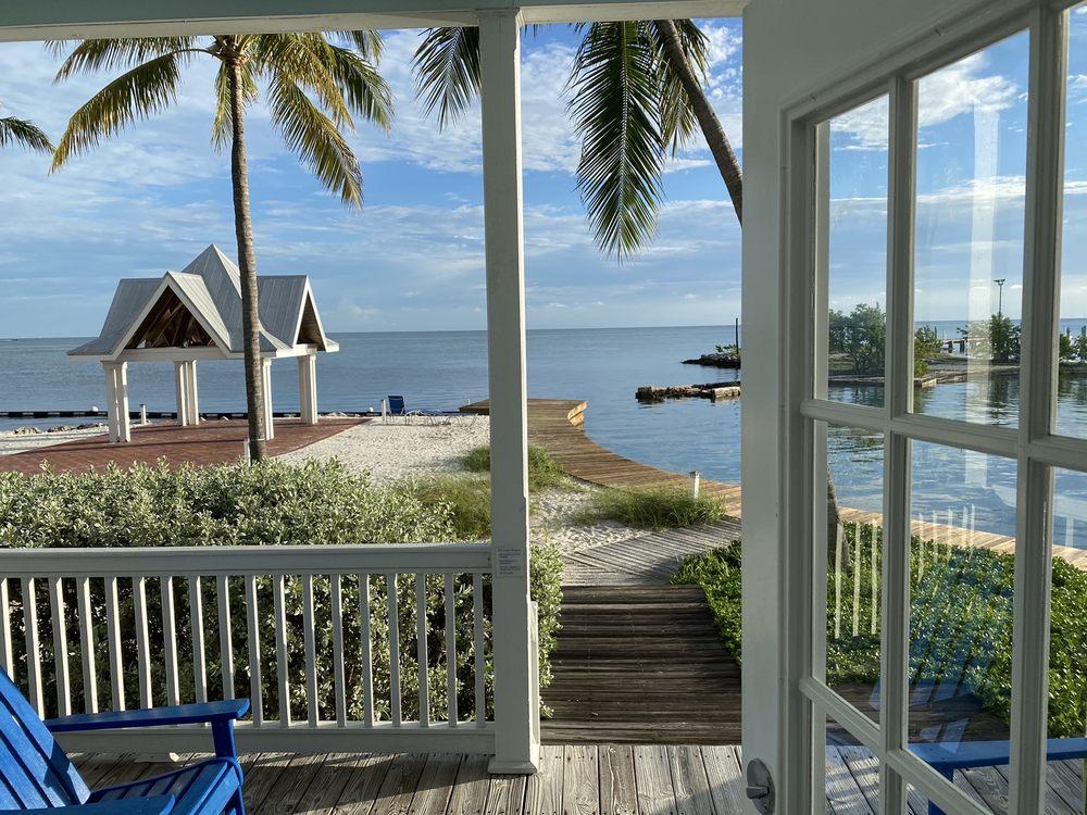Tranquility Bay Beach House Resort - Slideshow Image 2