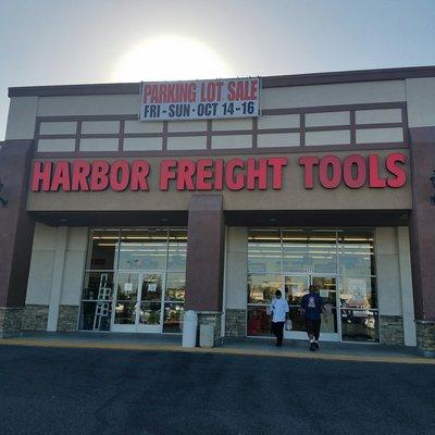 Harbor Freight Tools 4171 Woodruff Ave Lakewood, CA Hardware