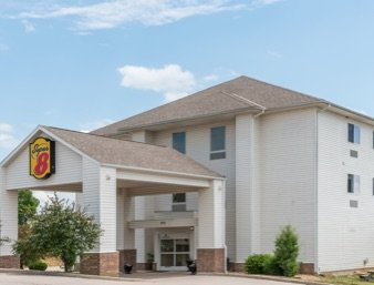 Super 8 by Wyndham Rolla: 1641 Martin Springs Drive, Rolla, MO