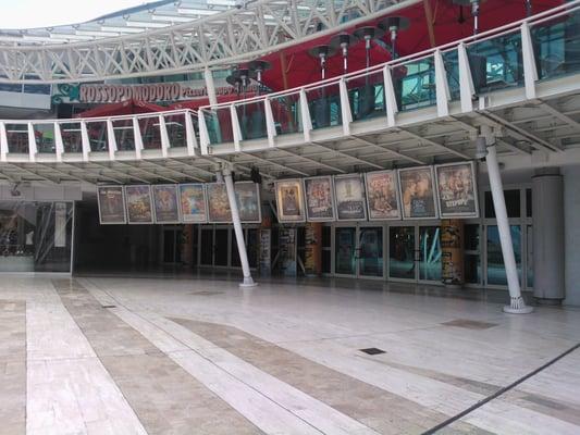 Centro meridiana shopping centers via aldo moro 64 for Casalecchio di reno bologna hotel