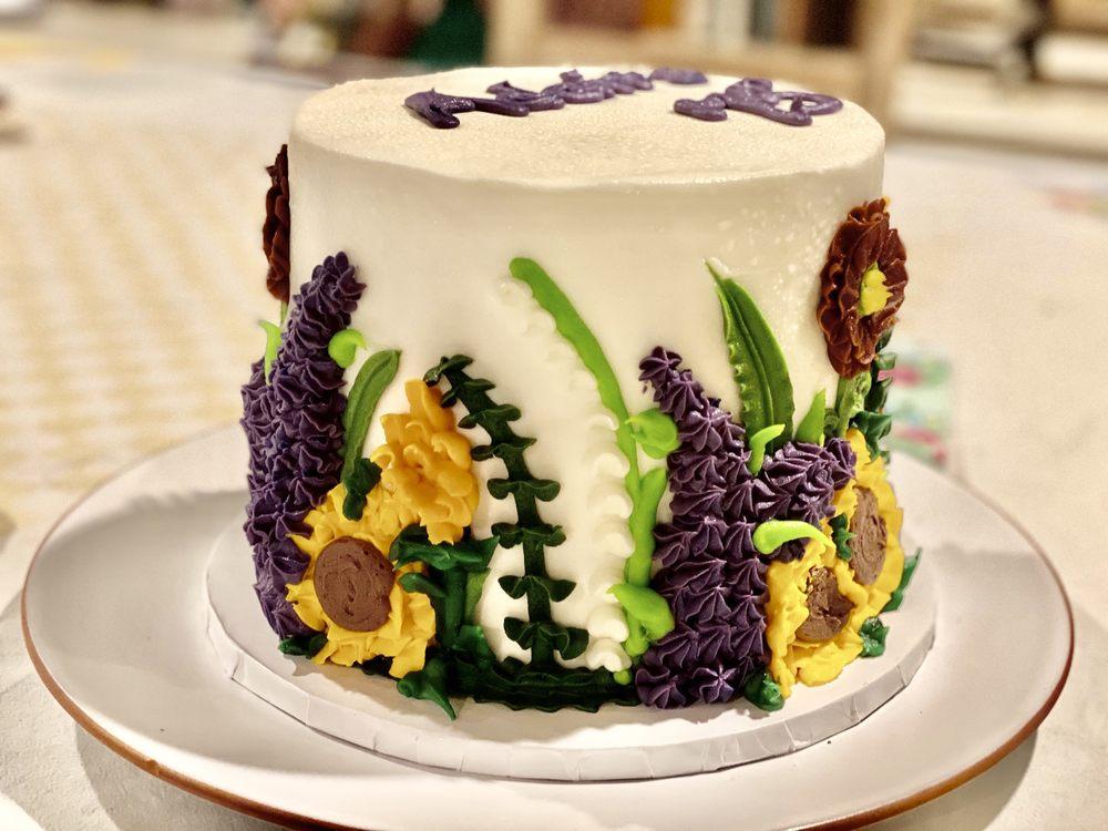 Georgetown Cake Shoppe: 1 Ethan Allen Hwy, Ridgefield, CT