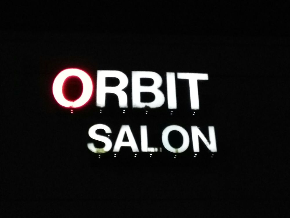 Orbit salon fris rer 5000 linglestown rd harrisburg for Abaca salon harrisburg pa
