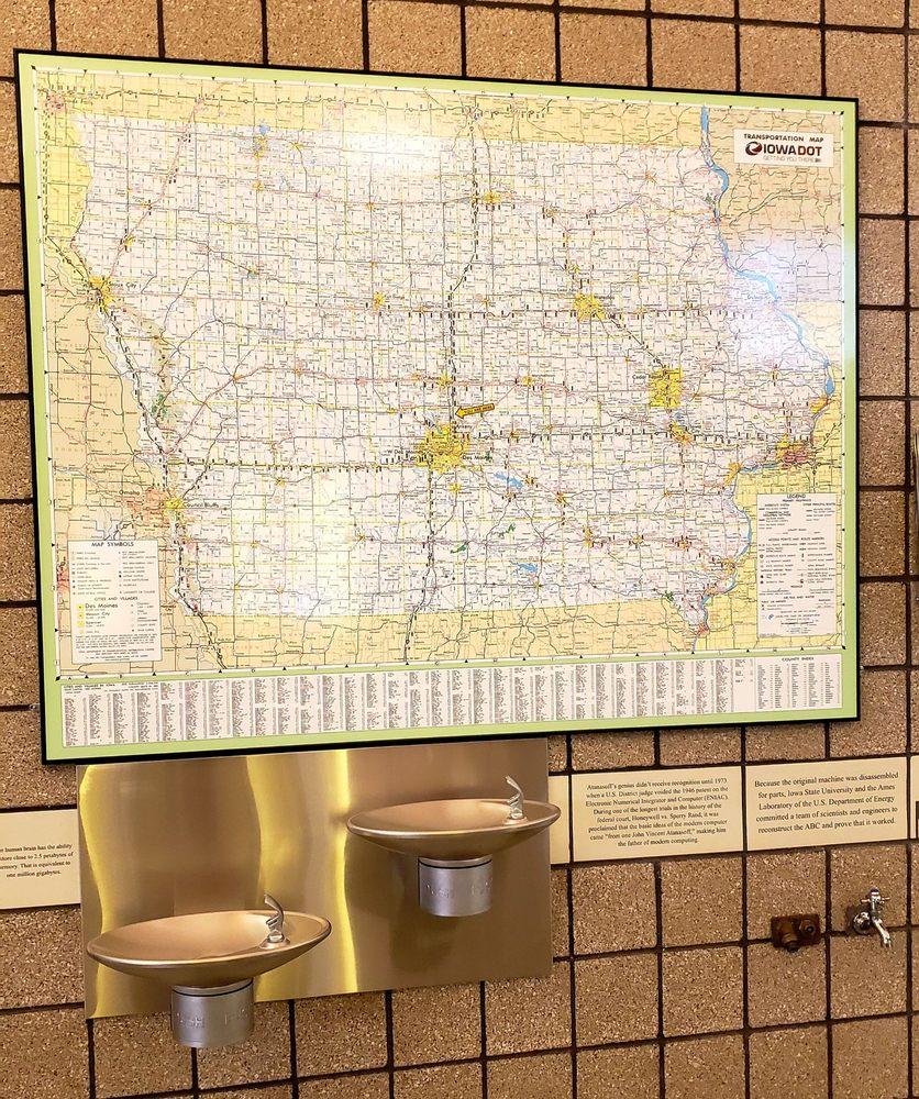 I-35 NB Rest Area Elkhart: I-I-35 NB Rest Area  Elkhart, Cambridge, IA