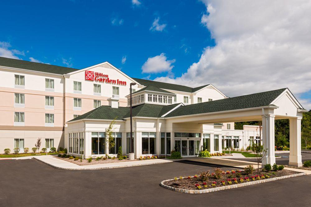 Hilton Garden Inn Wayne: 15 Nevins Rd, Wayne, NJ