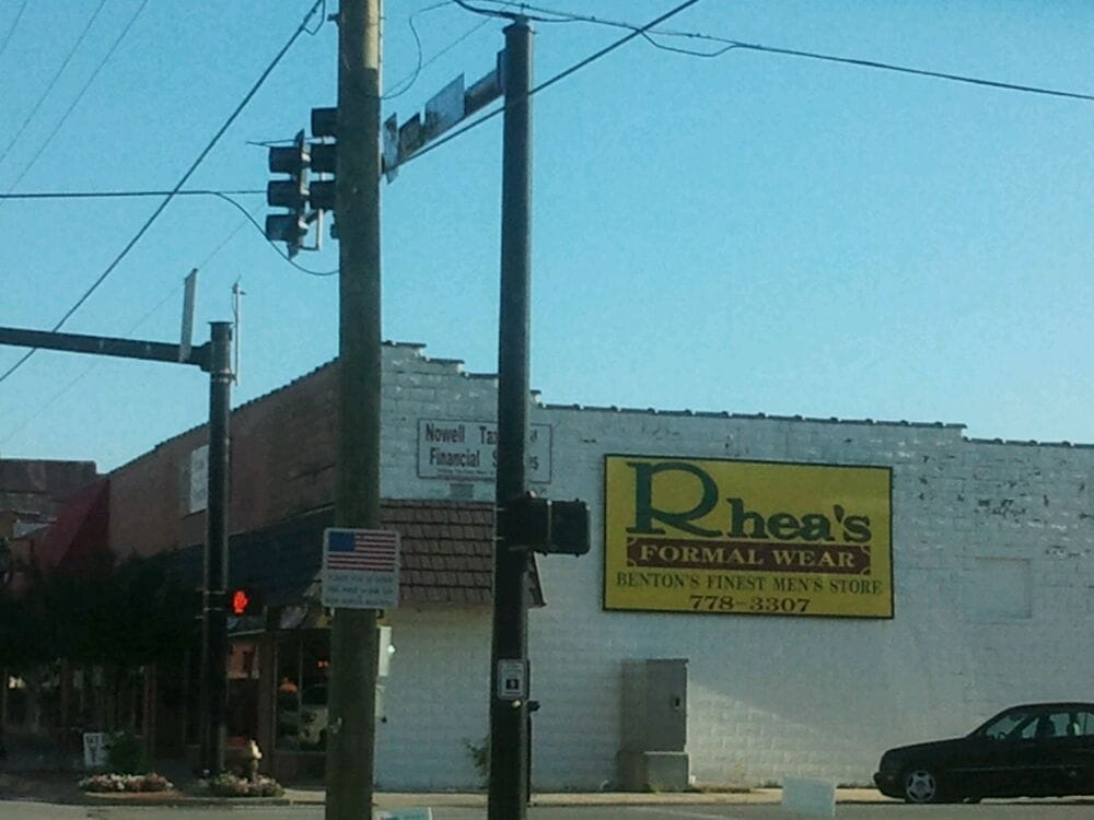 Rhea's Mens Store