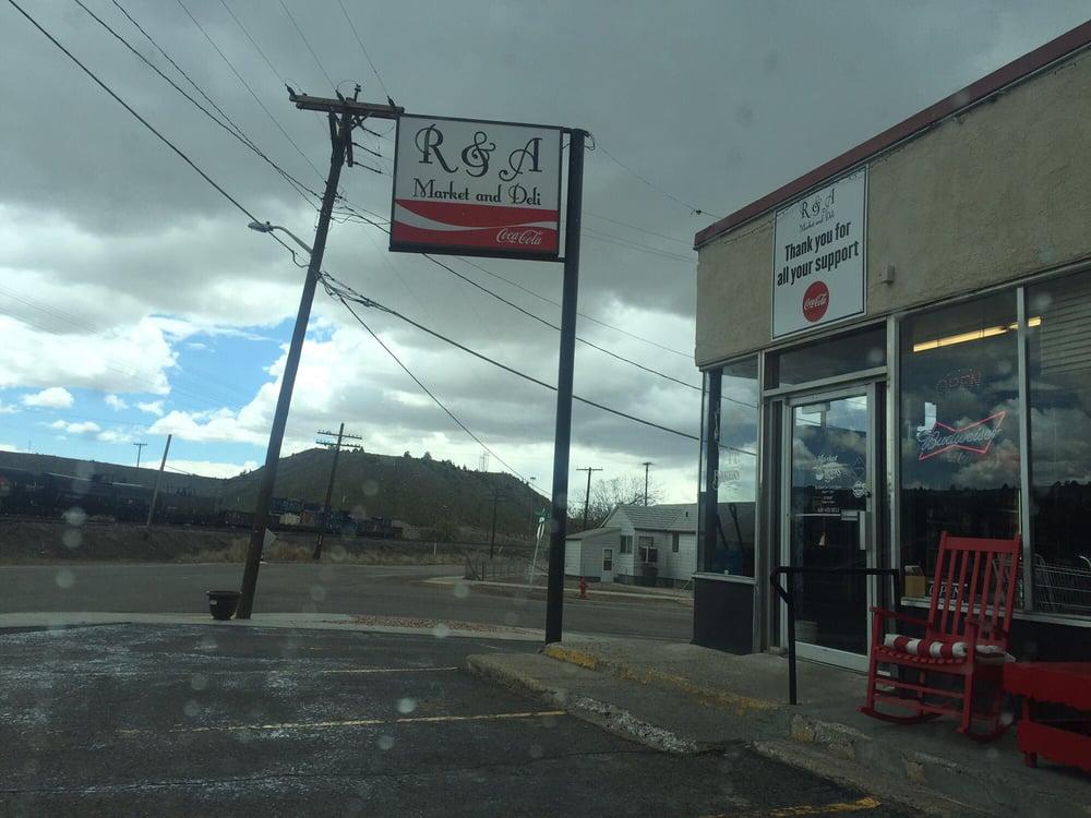 R & A Market: 408 S Main St, Helper, UT