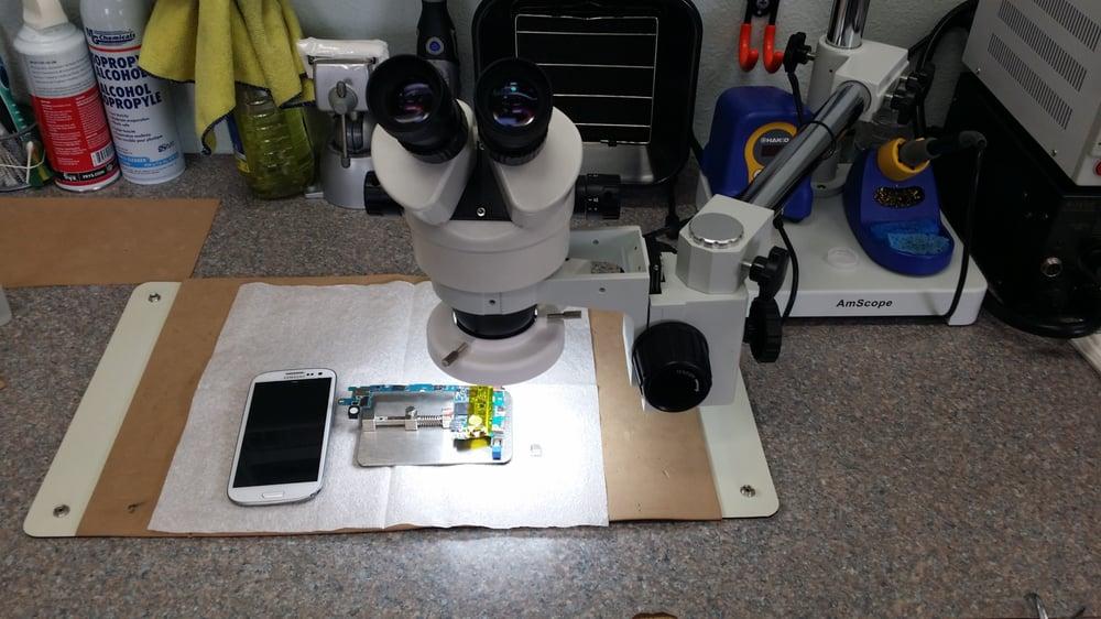iTech iPhone & MacBook Repair