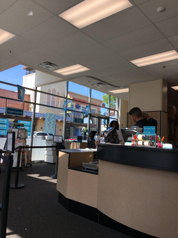 The UPS Store: 15000 Potomac Town Pl, Woodbridge, VA