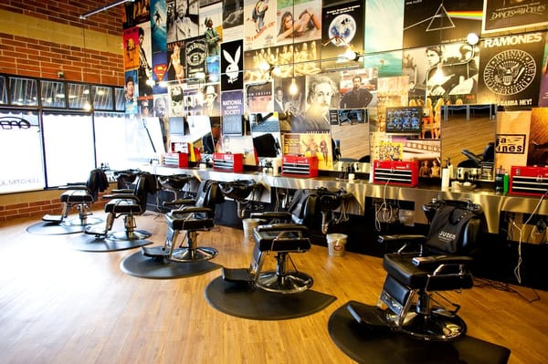 Barber Shop Forest Hills : Jude?s Barbershop - ST?NGT - Barberare - 125 Ottawa Ave NW, Grand ...