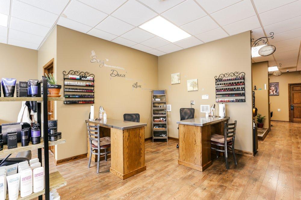 Studio B Salon & Spa: 13710 Pennsylvania Ave, Hagerstown, MD