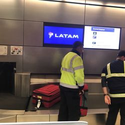 Latam Airlines 18 Photos 93 Reviews Airlines 380 World Way