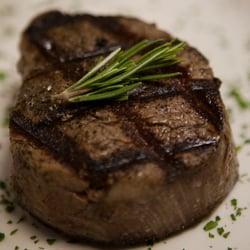 Lynn S Steakhouse