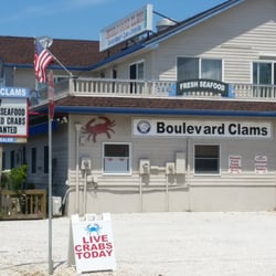 Boulevard clams 31 photos 33 reviews seafood markets for Fish market jersey city