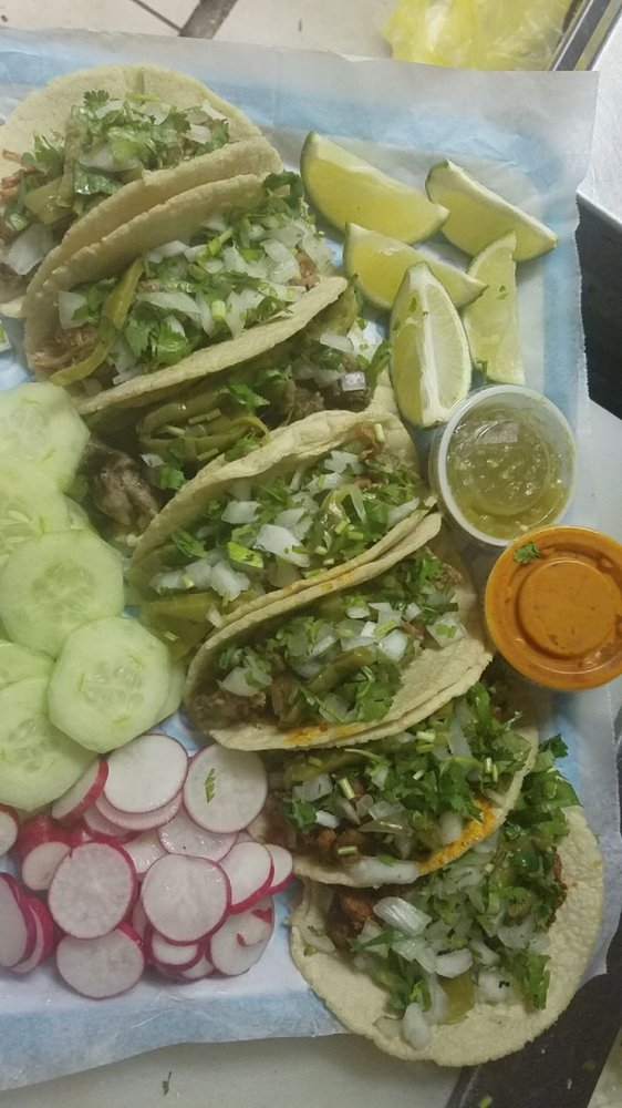 Tacos Doña Rosas: 6701 Jefferson Davis Hwy, Richmond, VA