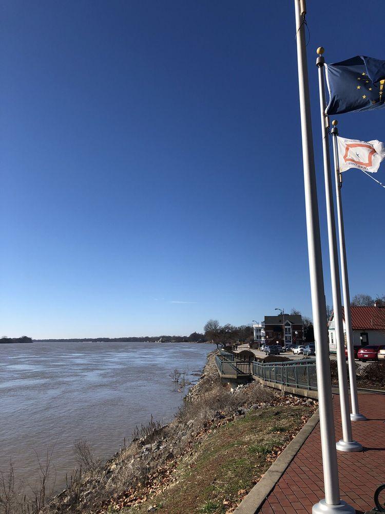 Rivertown Trail: 22 W Water St, Newburgh, IN