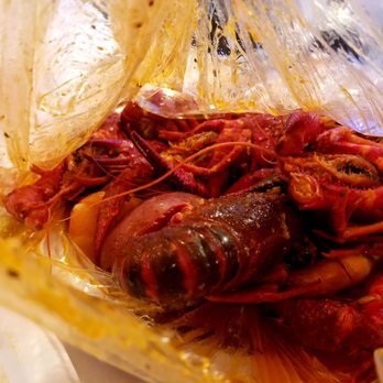 Photo Of The Twisted Crab Seafood Bar Hampton Va United States