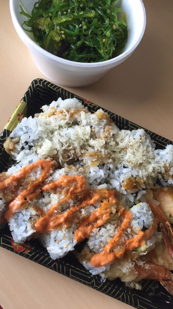 Lunch Special Dabomb Roll Amp Shrimp Tempura Roll With A