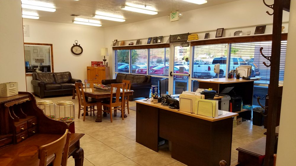 Dealer Collision Center: 184 W 1600th S, St. George, UT