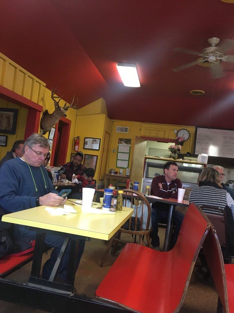 Bovina Cafe: 193 Tiffintown Rd, Vicksburg, MS