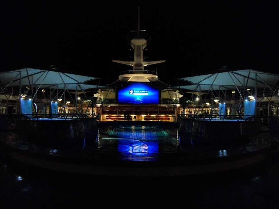 Main deck at night yelp - Allure of the seas fort lauderdale port address ...