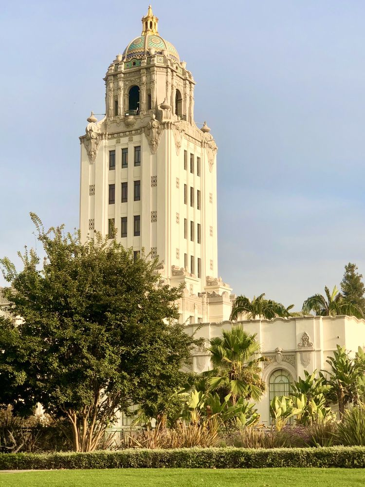 Beverly Hills City Hall: 455 N Rexford Dr, Beverly Hills, CA