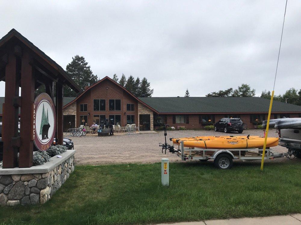Boulder Bear Motor Lodge: 5437 Park St, Boulder Junction, WI