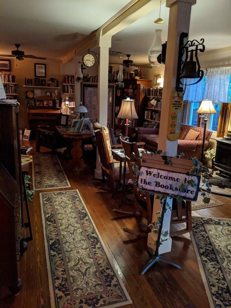 Quigley Cottage Bed & Breakfast: 418 W Broadway, Philipsburg, MT