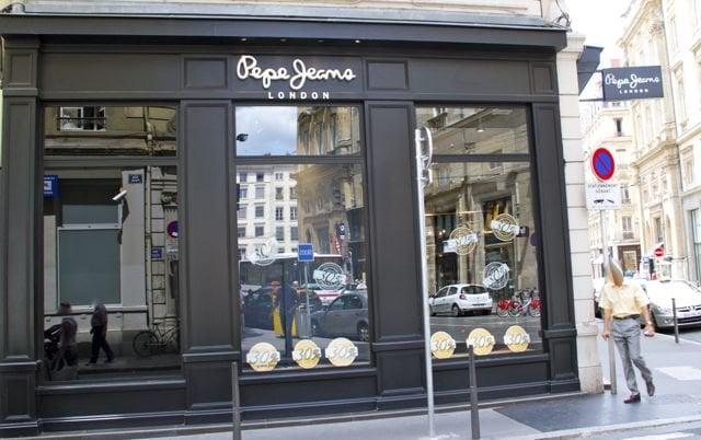pepe jeans france v tements pour hommes 6 rue pizay terreaux lyon num ro de t l phone yelp. Black Bedroom Furniture Sets. Home Design Ideas